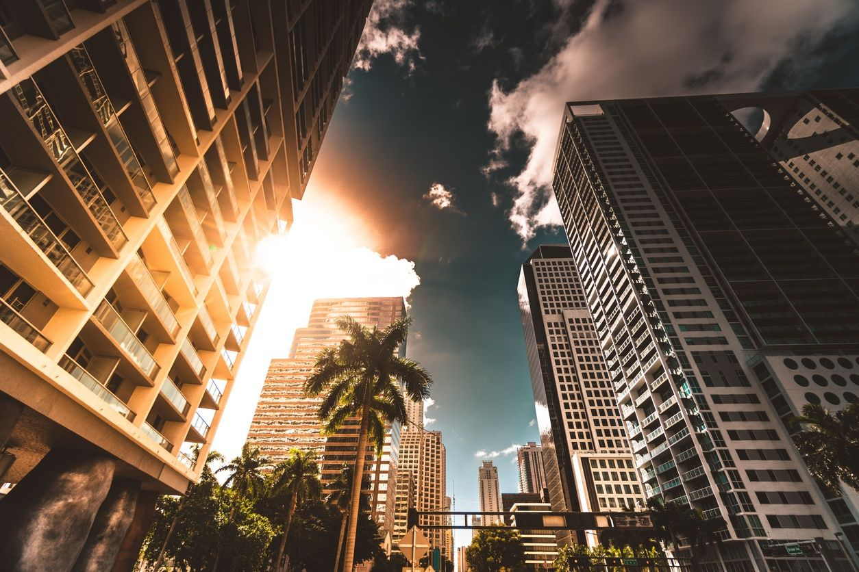 yüksek katlı apartmanlar downtown miami